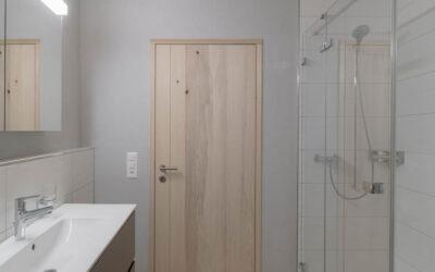 Massivholz-Türen